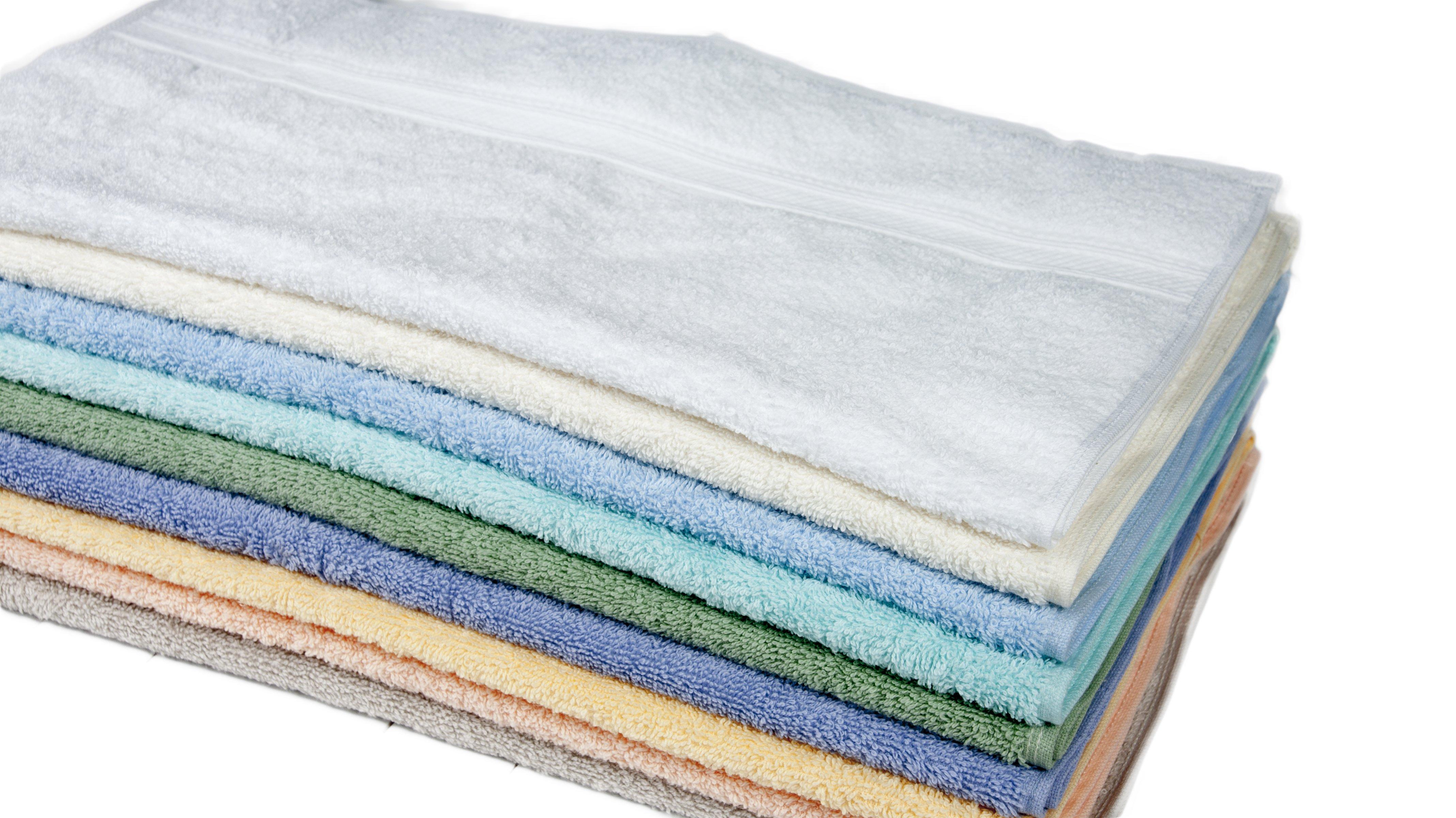 Kolorowe ręczniki do hotelu