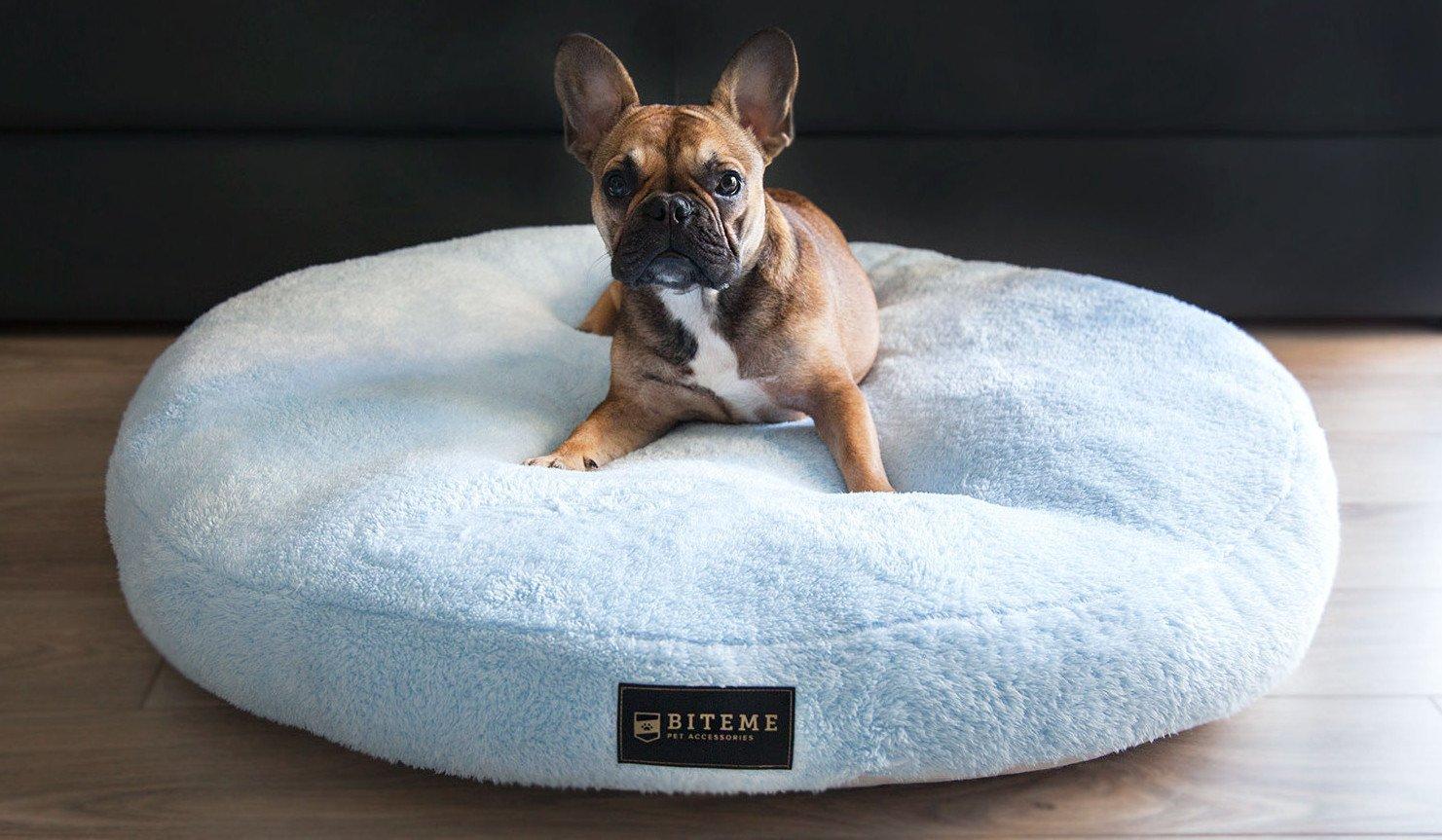 Okrągła leżanka dla psów Brooklyn w pięknym błękitnym kolorze