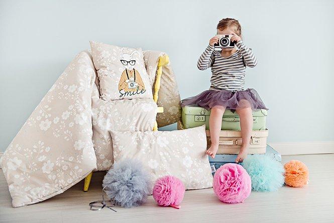 Pościel i poduszki dziecięce z Króliczycą Aparatką Lovely