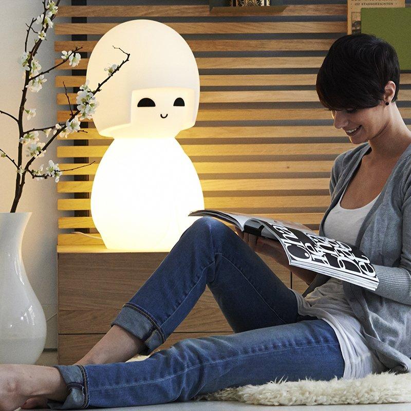 Piękna lampka Kokoshi