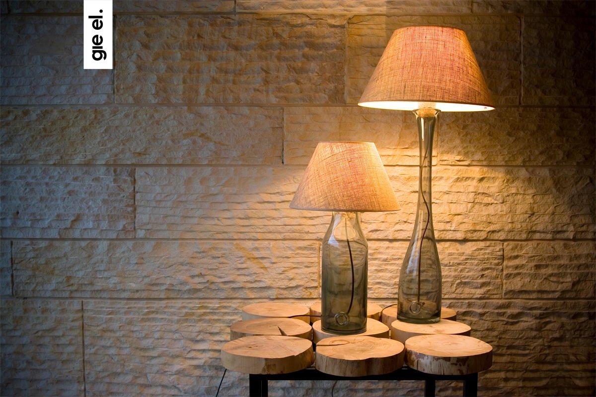 Szklane lampki stołowe z ręcznie formowanego szkła