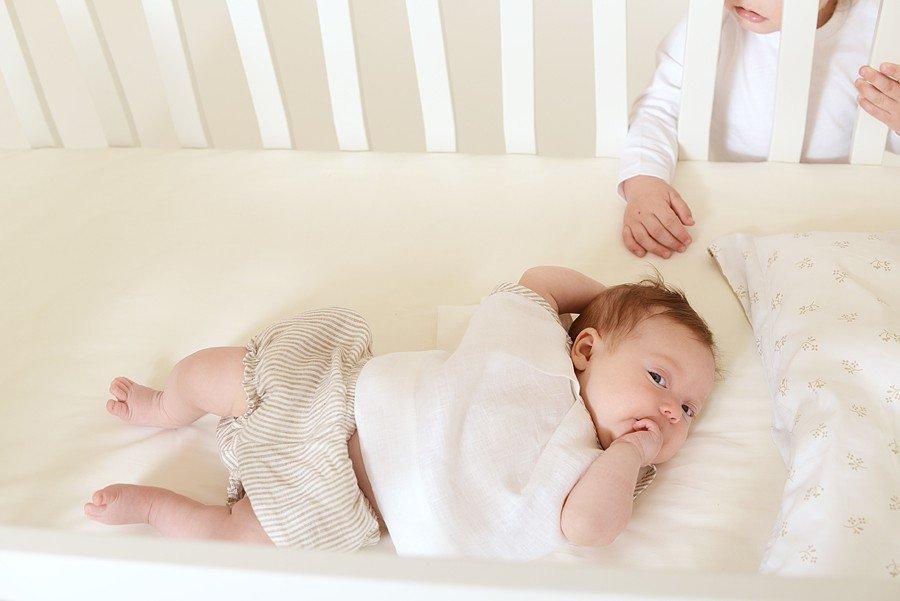 Łóżeczko dziecięce, któro rośnie wraz z dzieckiem KuKuu