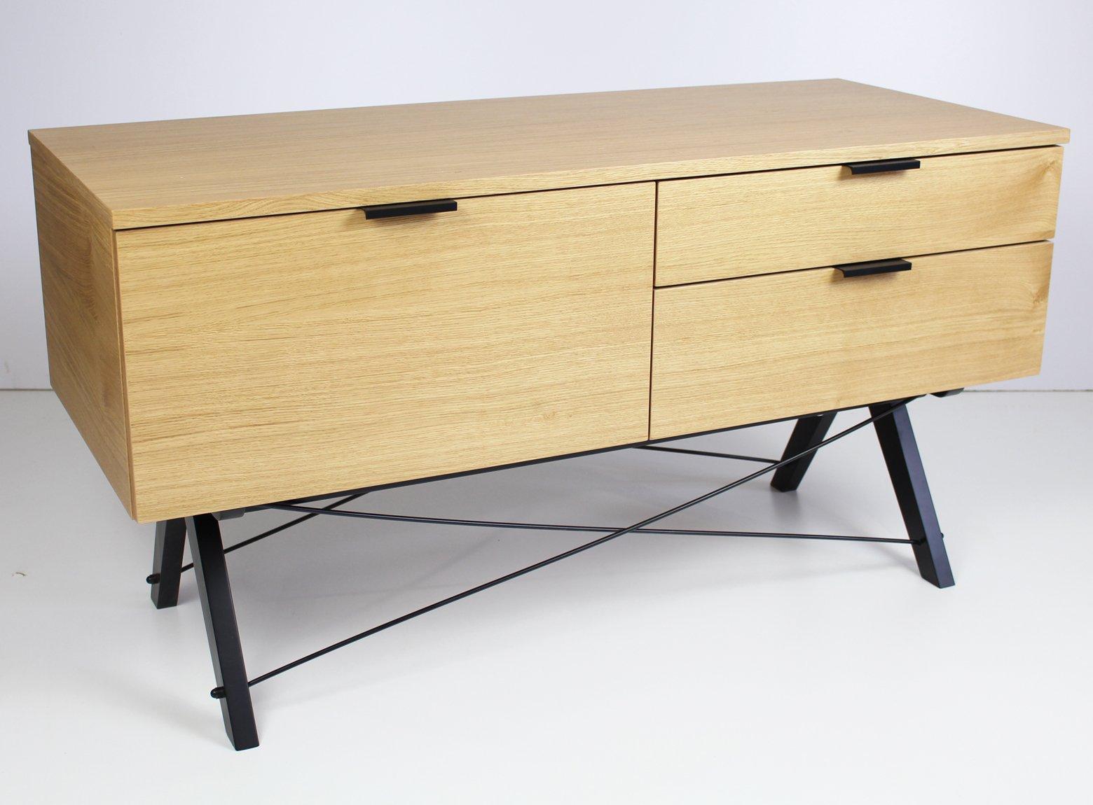 Sideboard wykończony fornirem drewnianym Minko