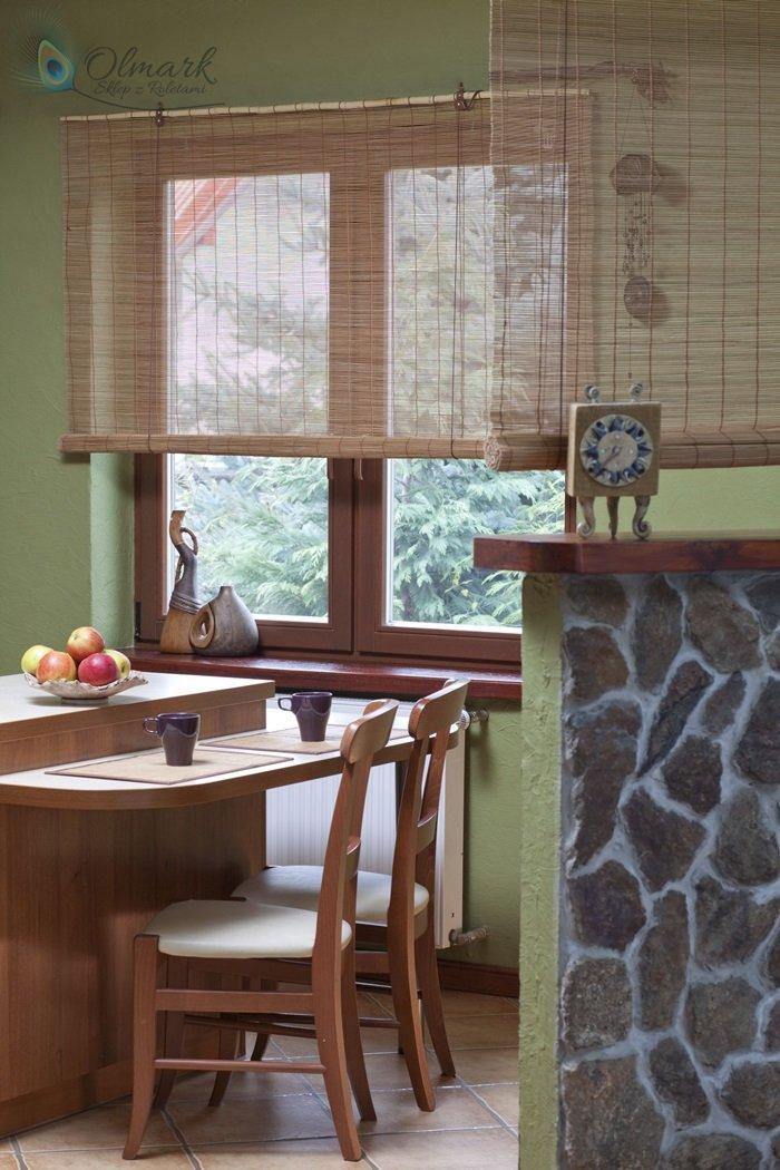 Roleta bambusowa w jadalni