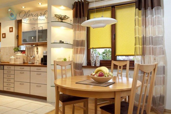 Żółty żakard w kuchni