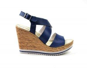 Sandałki 39 skórzane AEROS niebieskie koturn