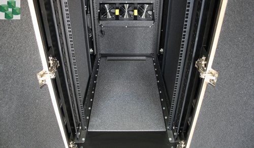 AR4024IX431 Wyciszona meblowa szafa serwerowa  - NetShelter CX 24U 750 mm Wide x 1130 mm Deep Enclosure wykończenie ciemnoszare