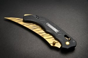 FadeCase Flip Elite Tiger Tooth