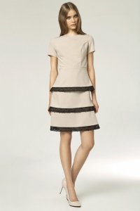 Sukienka z koronkami - beż - S43
