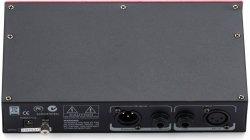 SM Pro Audio TC01 przedwzmacniacz lampowy