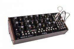 Moog Mother 32 syntezator