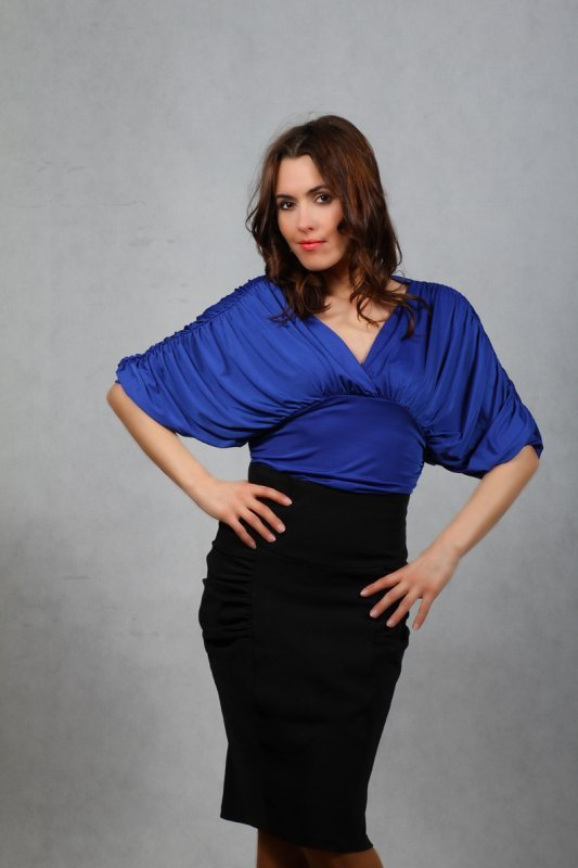 Vittoria Ventini Blanche szafirowa bluzka damska