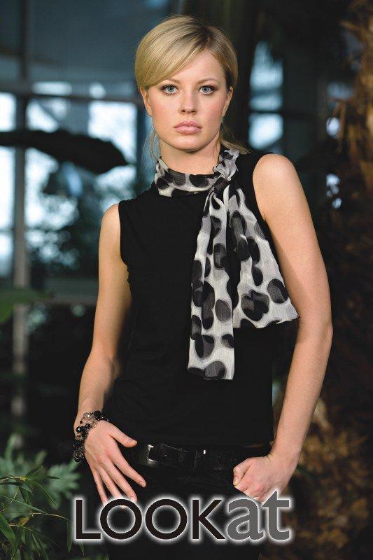 Lookat Reyna 2812 czarna bluzka damska
