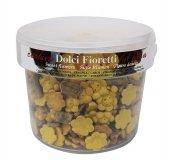 Cukierki dla konia DOLCI FIORETTI chleb świętojański, malwa, truskawka wiaderko 1,5kg - OFFICINALIS