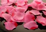Płatki róż jasnoróżowe 100 szt