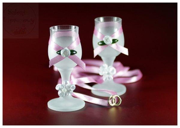 Kileliszki do wódki szronione 2 szt różowe