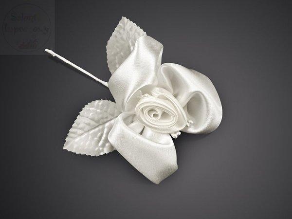 Róża satynowa średnica 8 cm krem 1 szt