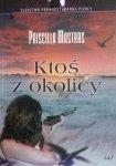 Priscilla Masters • Ktoś z okolicy