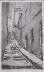 Warszawa. Stare miasto, kamienne schody. Fot. J. Bułhak