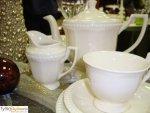 Serwis do herbaty dla 6 osób - Villa Italia Venice Venice to kolekcja ceramiki o klasycznej i ciekawej formie. Proste tłoczenie oraz charakterystyczne wypukłości na brzegach poszczególnych elementów nadają jej niepowtarzalnego uroku. Kształty naczyń ...