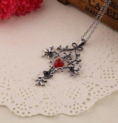 Gotycki Krzyż z Sercem - naszyjnik