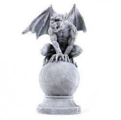 Gargulec na Kuli figura dekoracyjna