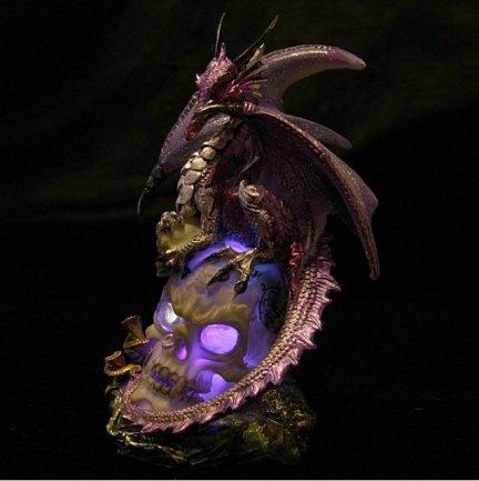 Fioletowy Smok na czaszce - figurka z lampką LED