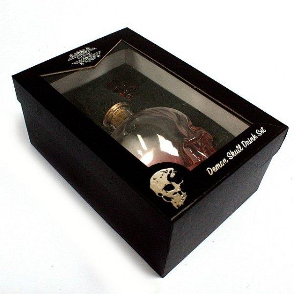 karafka butelka w kształcie czaszki i kieliszki czachy, zestaw czaszka szklana
