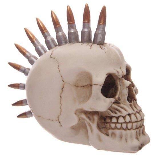 figurka czaszki z irokezem - punkowa czacha