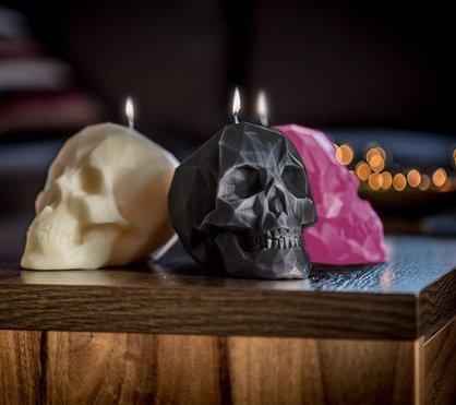 Czaszka - duża świeca dekoracyjna kolor czarny