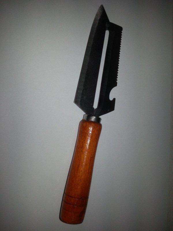 Nóż wielofunkcyjny (do kapusty)