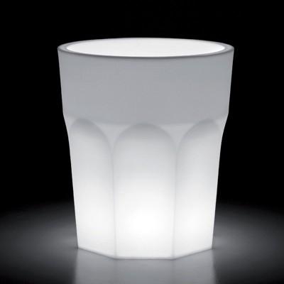 Donice z wbudowanym oświetleniem
