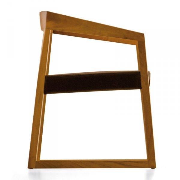 Nowoczesny fotel tapicerowany Pedrali Sign