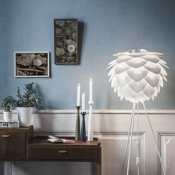Abazur Silvia będzie idealnym dodatkiem do wnętrz w stylu skndynawkim, glamour oraz nowoczesnym