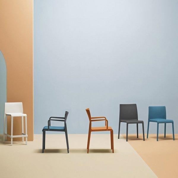 Stylowe krzesła z rodziny Volt włoskiej marki Pedrali