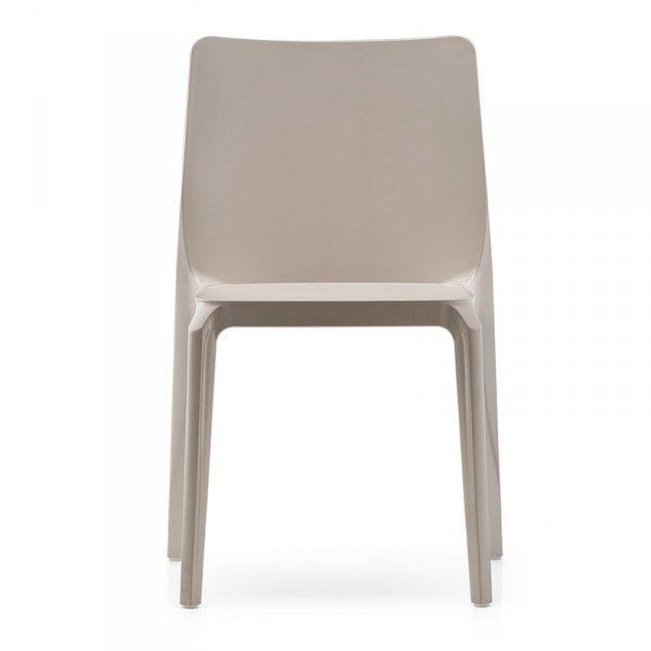 Lekkie, minimalistyczne krzesło Pedrali
