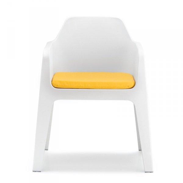 Piękne fotele do wnętrz i ogrodów z poduszkami na siedzisko Pedrali Plus 630