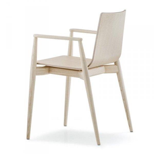 Krzesło drewniane w stylu skandynawskim Pedrali