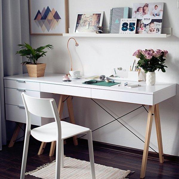 Biurko Minko jest idealne do domowego biura, pokoju nastolatka, czy sypialni