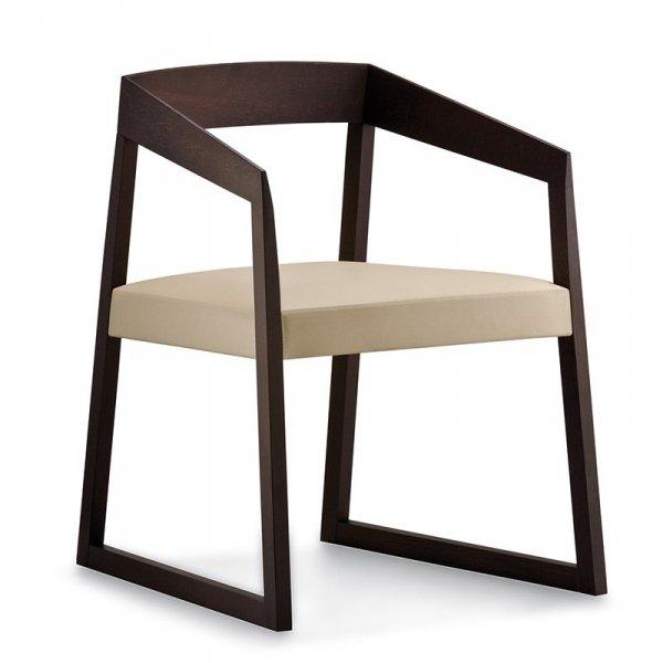 Piękny, drewniany fotel w stylu Retro Pedrali Sign 455