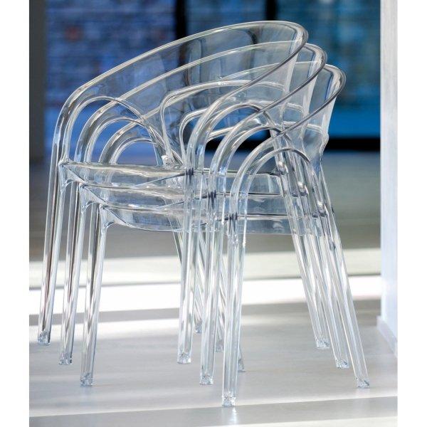 Krzesła Gossip 620 można sztaplować