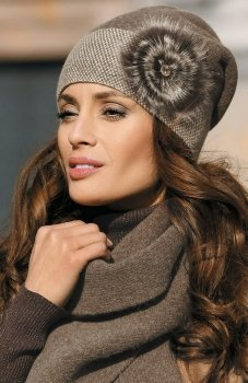 Kamea Elena czapka