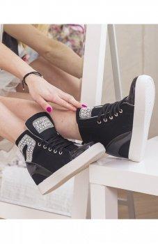 Sneakersy z perełkami czarne