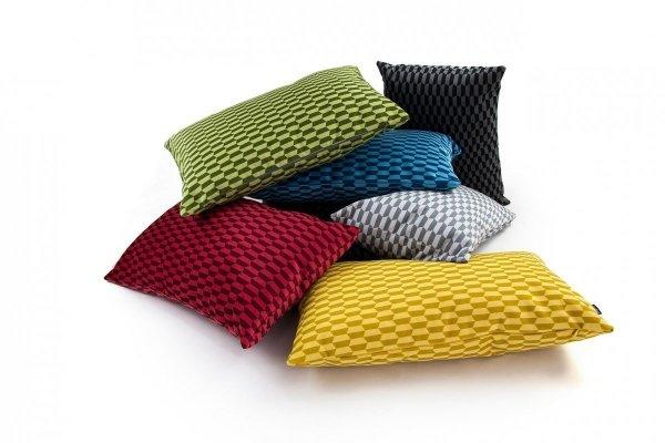 Break czerwona poduszka dekoracyjna 50x30