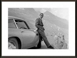 James Bond Aston Martin - obraz w ramie