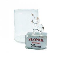 Figurka słonik na szklanym postumencie w opakowaniu Dla Kochanej Mamusi