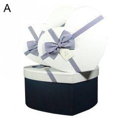 Komplet 3 pudełek prezentowych w kształcie serca, dwa wzory