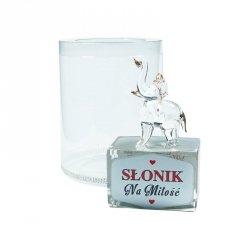 Figurka słonik na szklanym postumencie w opakowaniu Na Miłość