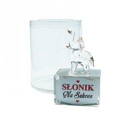 Figurka słonik na szklanym postumencie w opakowaniu Na Sukces